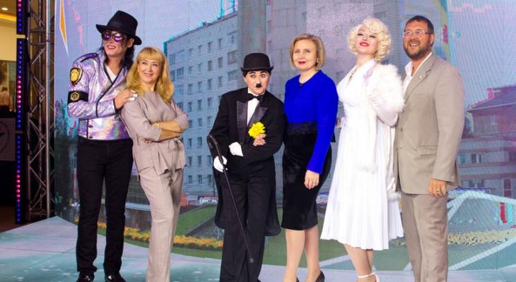На Коми ВДНХ сыктывкарцев встречали Мэрилин Монро, Чарли Чаплин и Майкл Джексон (фото)