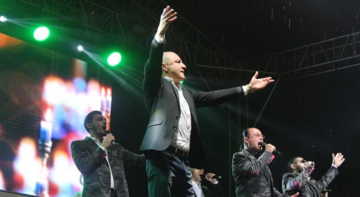 Хор Турецкого заставил сыктывкарцев петь мировую классику, оперу и русский рок (фото)