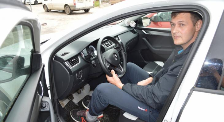 Двухметровый сыктывкарец о Škoda Octavia: «Коленки ни во что не упираются»