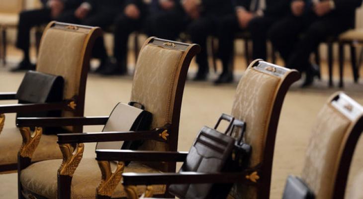 В Коми увеличат зарплаты чиновникам