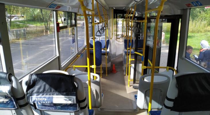 В Сыктывкаре 10-летняя девочка пострадала во время поездки в автобусе