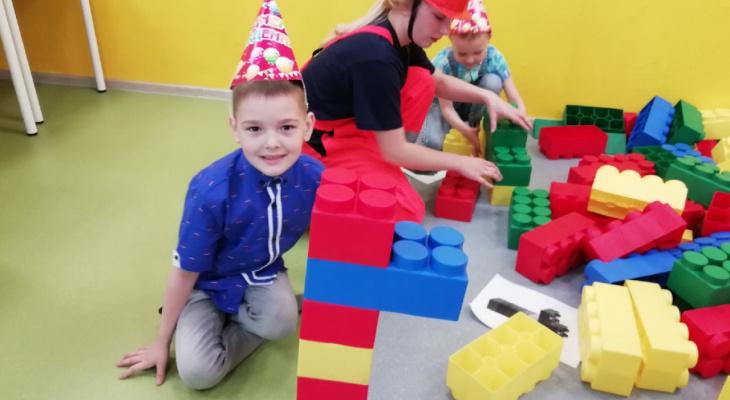 В Сыктывкаре  появился целый город Lego