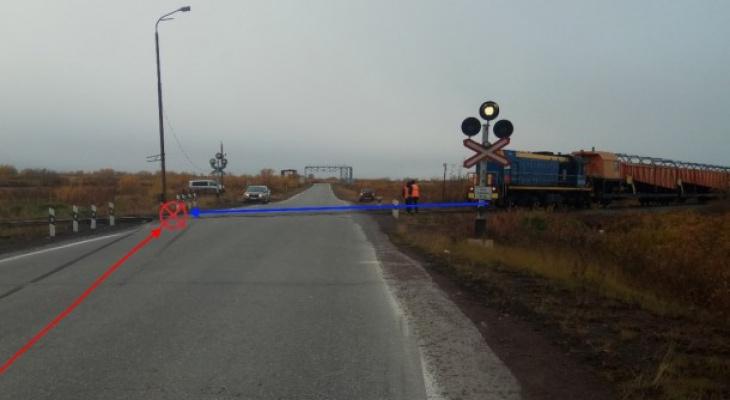 В Коми водитель «девятки» пытался проскочить перед поездом, произошло столкновение