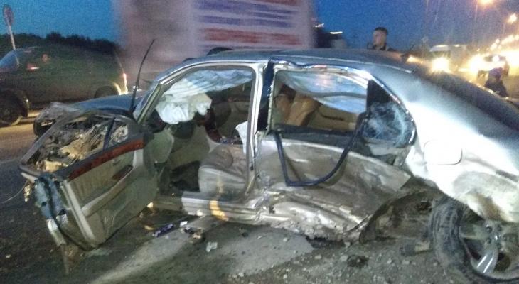 Мальчик, который пострадал в жуткой аварии с «Лексусом» в Сыктывкаре, скончался