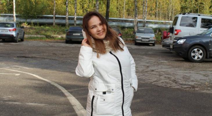 В конкурсе «Мисс октябрь» появилась первая участница (фото)