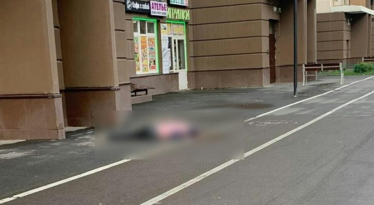 В Санкт-Петербурге погибла девушка из Сыктывкара