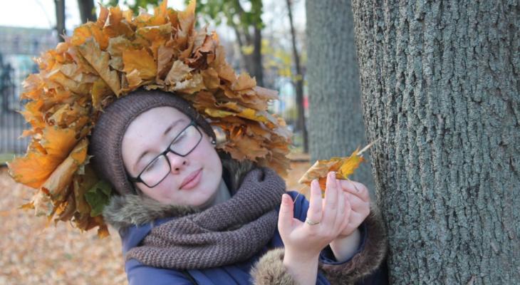 В конкурсе «Мисс октябрь» участвует сыктывкарка с «короной» из листьев (фото)