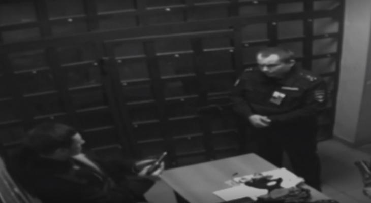 Житель Коми, который размахивал пистолетом в полиции, арестован