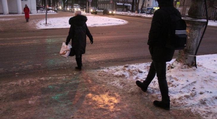 Ледяной тротуар: как сыктывкарцам получить компенсацию за травму на улице