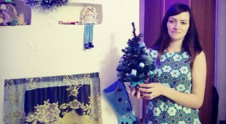 Участники конкурса «Новогодний переполох» украсили дом и нарядились в костюм (фото)