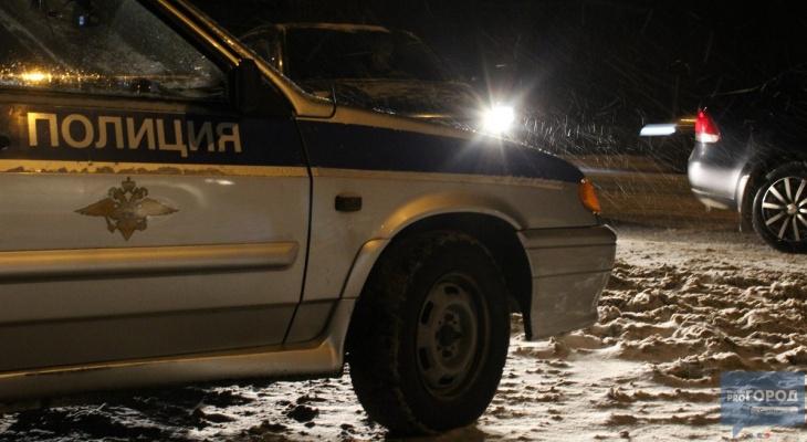 В Сыктывкаре водитель МАЗа «догнал» фургон и влетел в грузовик на «встречке»