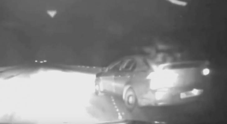 В Коми полицейские стреляли по колесам машины, чтобы задержать нетрезвого водителя (видео)
