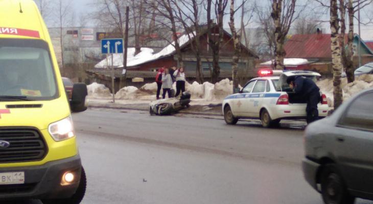Появились подробности аварии с мотоциклистом в Сыктывкаре