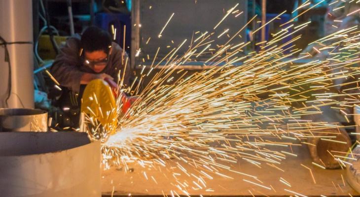 Зарплата в 100 тысяч за месяц: топ пять вакансий для сыктывкарцев с рабочими руками