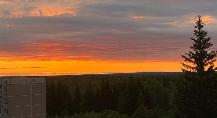 Фото дня: рассвет над городом Сыктывкар
