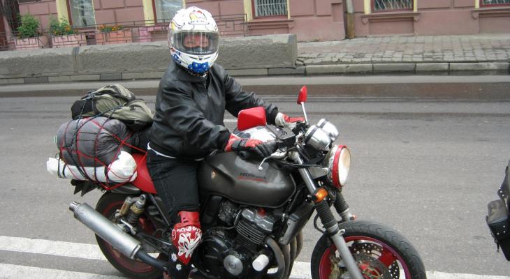 Библиотекарь из Сыктывкара путешествует по России на мотоцикле