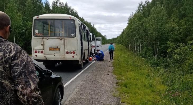 «Водитель умер, а по «встречке» летели «Камазы»: пассажирка автобуса рассказала о страшном происшествии на трассе в Коми