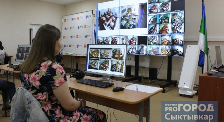 Нейросеть и высокие технологии: фоторепортаж о том, как в Коми следят за ходом ЕГЭ