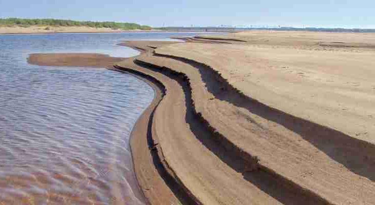 На одной из рек Коми уровень воды достиг отметки в 0 сантиметров