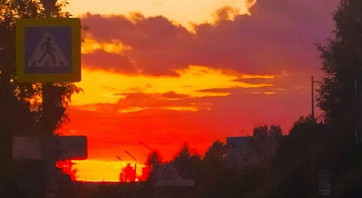 Фото дня в Сыктывкаре: последние закаты лета