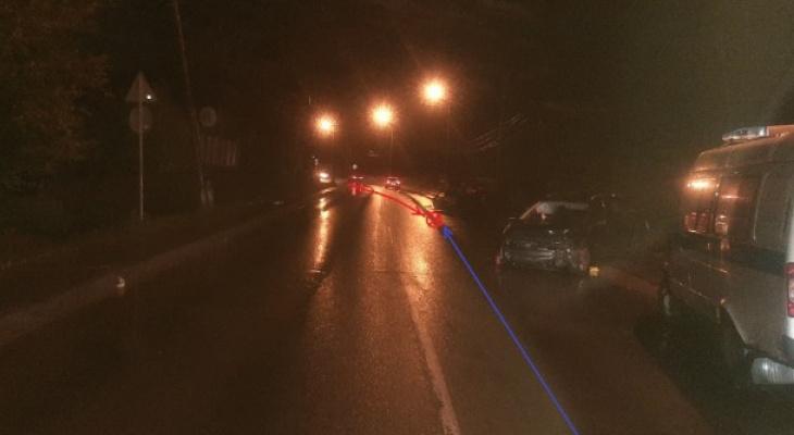 В Сыктывкаре ищут водителя, который врезался в «Шевроле» с пассажирами