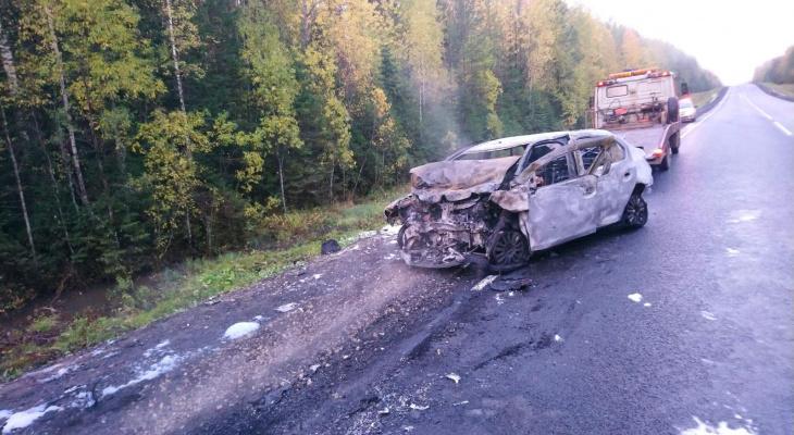 В Коми после столкновения двух иномарок погиб водитель
