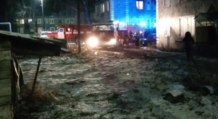 В сыктывкарском Лесозаводе горел еще один деревянный дом (фото)