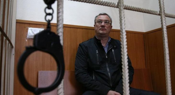 Экс-главу Коми все еще не доставили в Сыктывкар