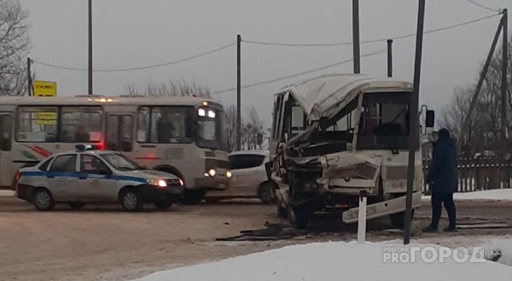 Под Сыктывкаром КамАЗ врезался в пассажирский автобус