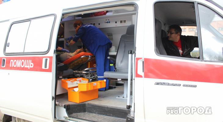 Поликлиники России откажутся от бумажных медкарт