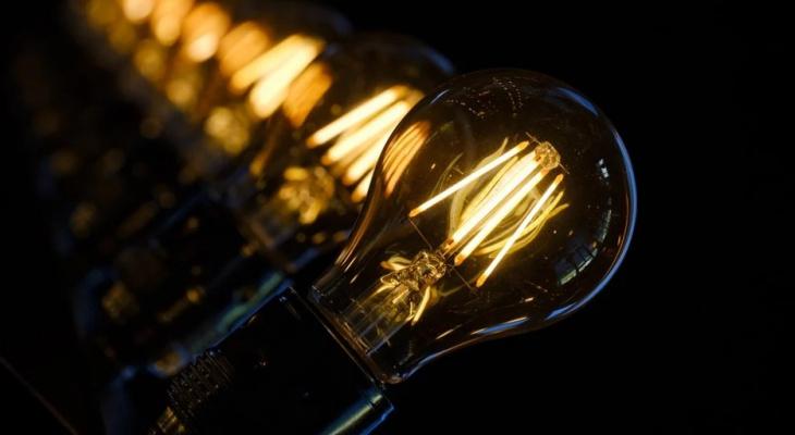 Мораторий на запрет отключения электроэнергии и начисления пени за долги окончен