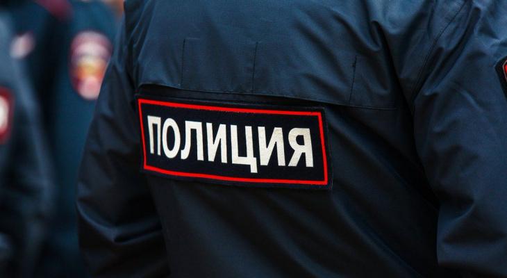 В Сыктывкаре на остановке обнаружили тело человека