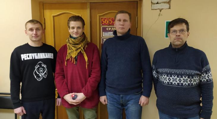 Сыктывкарцы, задержанные за призыв на митинг, рассказали, что будут делать дальше