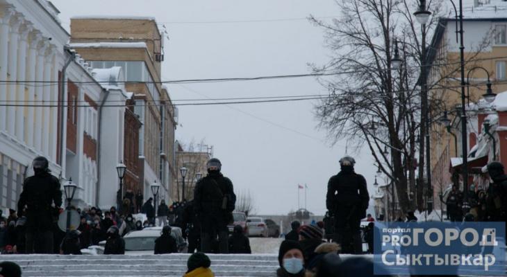 «Такого в республике еще не было»: большой фоторепортаж с протеста в Сыктывкаре