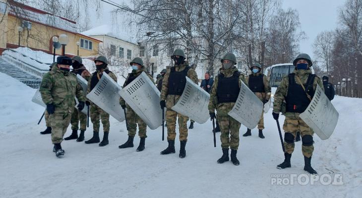 В России увеличили выплаты военным и силовикам