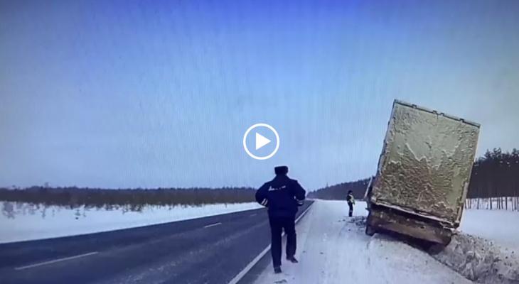 Пьяный дальнобойщик из Коми устроил «гонки» с полицией Вологодской области (видео)
