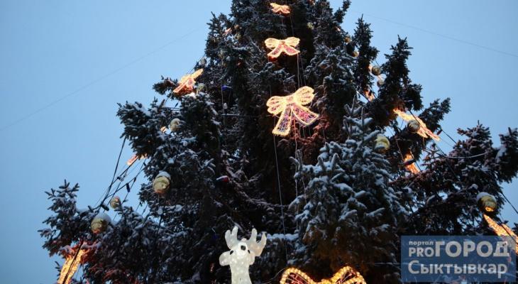 Сыктывкар прощается с новогодним городком на площади