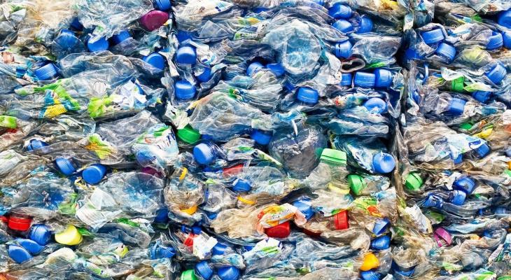 Пластик в обмен на жизни детей: сыктывкарцы собирают вторсырье, а полученные деньги жертвуют больнице