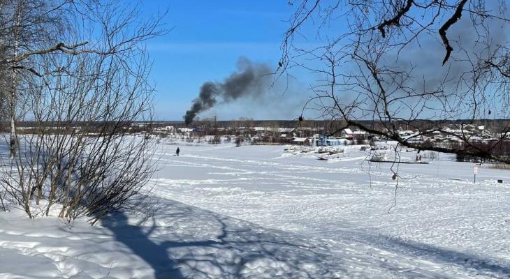 На пожаре в сыктывкарском Заречье погибло два человека