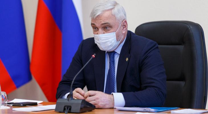Год с новым главой: как поменялась республика при Владимире Уйбе и как это оценивают эксперты
