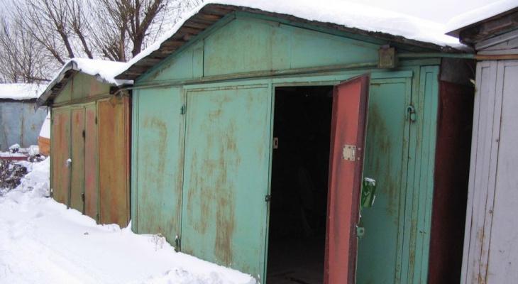 Россиянам разрешили получить права на землю, где стоят их гаражи