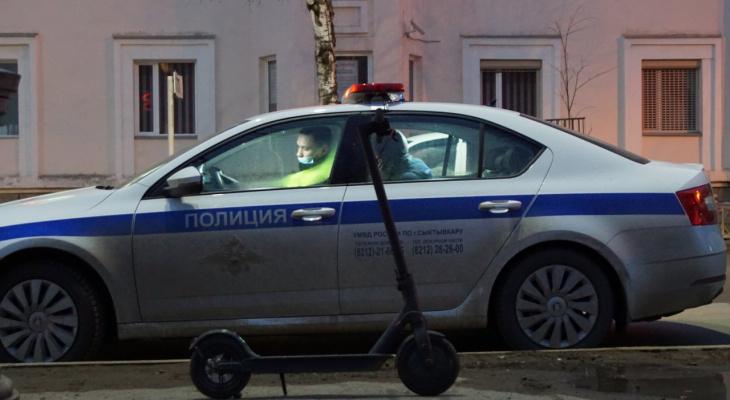 В Сыктывкаре водитель сбил несовершеннолетнего, который ехал на самокате