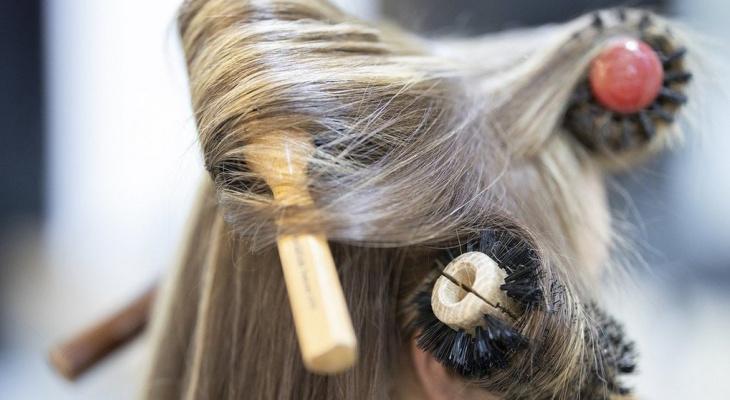 Эксперт назвал прическу, которая разрушает волосы