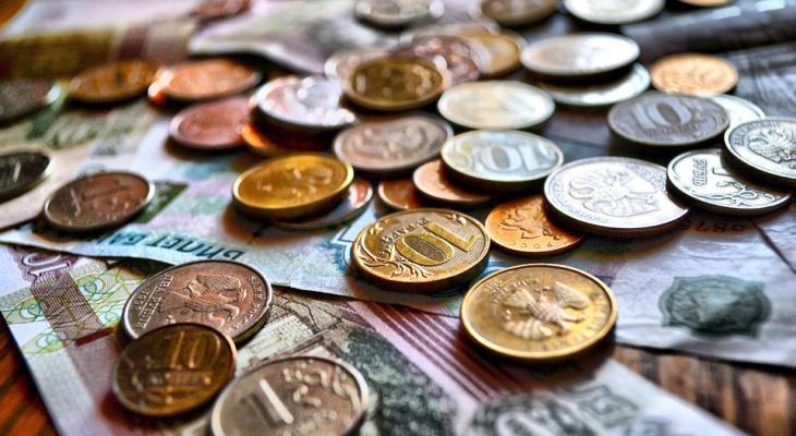 Как будут начислять зарплату в грядущие праздники