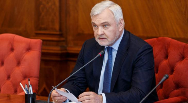 Депутат обвинил Владимира Уйбу в нецензурных угрозах: что известно о ситуации