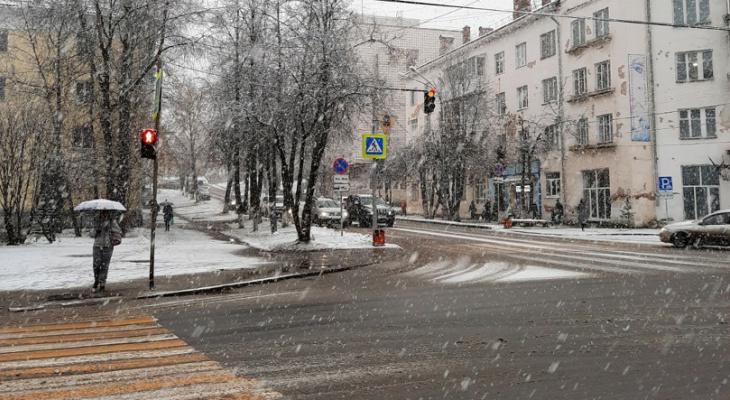 В Коми вторые сутки подряд объявляют штормовое предупреждение