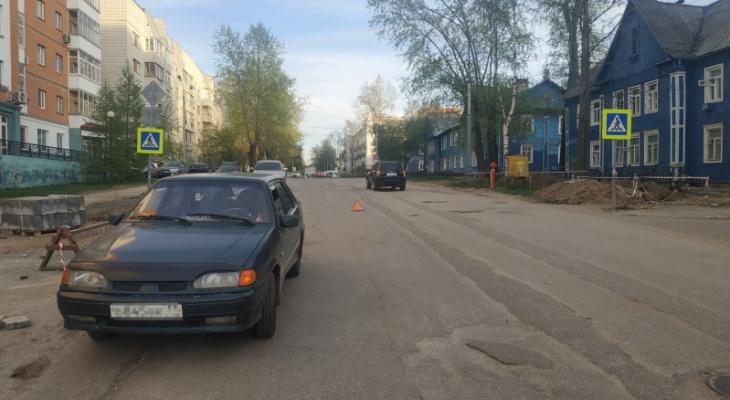 В Сыктывкаре под колеса авто попал пятилетний ребенок