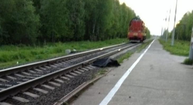 В Сыктывкаре поезд насмерть сбил 16-летнюю девушку