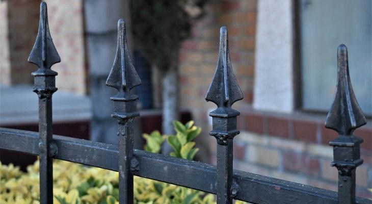 Все, что плохо стоит: жители Коми украли забор