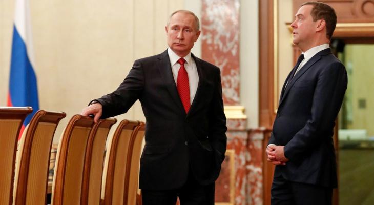 Экс-повар Кремля рассказал, какую еду предпочитают Путин и Медведев